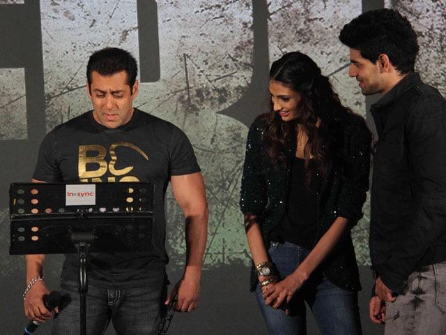 Salman Khan is Athiya Shetty's 'Cool, Good Looking Boss'