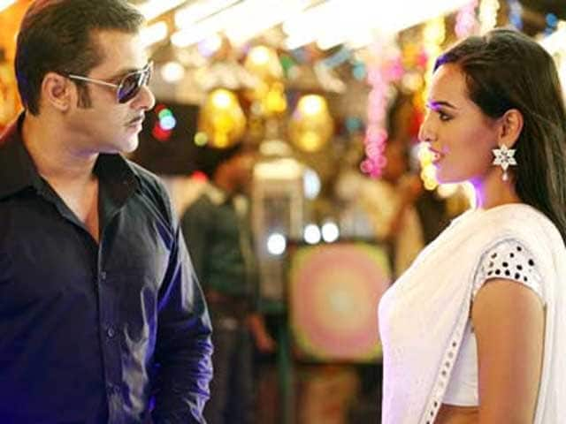Sonakshi Sinha Thanks Salman Khan on Dabangg's Fifth Birthday