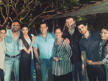 Salman Khan's <i>Hum Saath Saath Hain</I> Moment With <i>Hero</i> Family