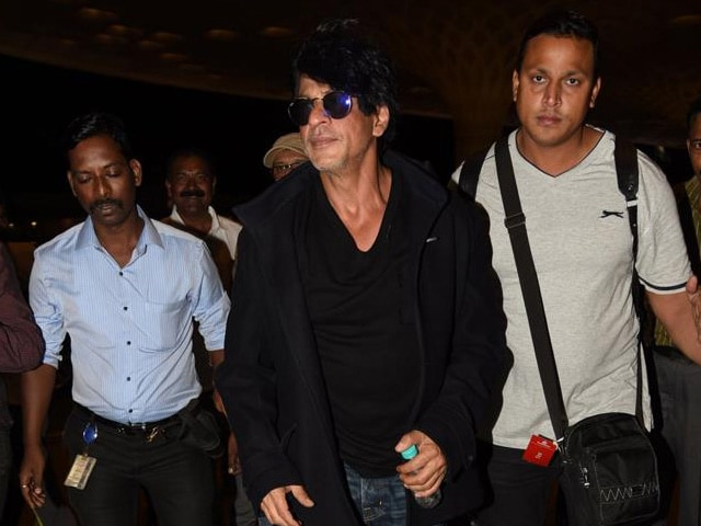 Shah Rukh, a Wesley Snipes 'Fan', Ready to Work With 'the Blade'