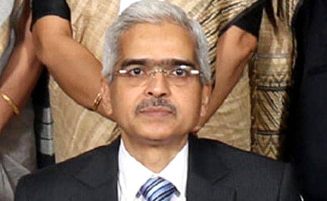 Shaktikanta Das Takes Charge as Economic Affairs Secretary