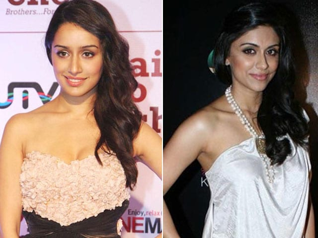 Shraddha Kapoor Wishes 'Childhood Friend' Zoa Morani All the Best