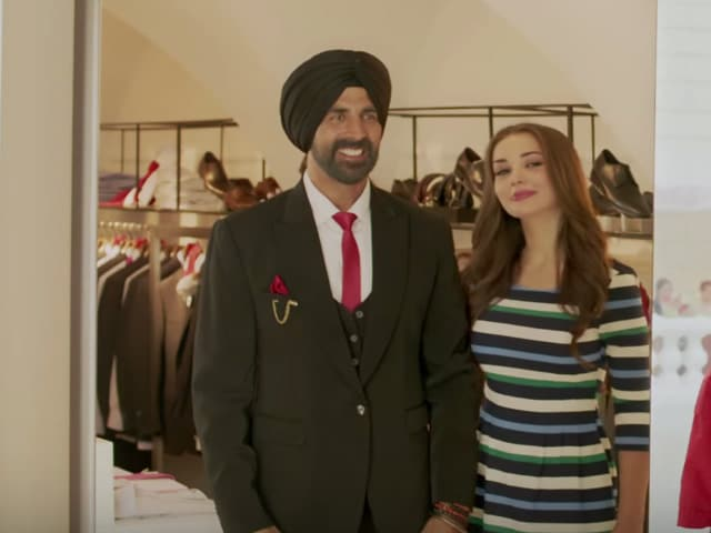 Akshay Kumar's 'Singh-Style Romance' With Amy Jackson. Is it For Real?