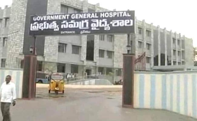 Snakes In Operation Theatre Had Surgeon Running In Andhra