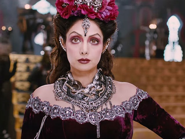 Sridevi Urges Fans to Watch Puli in a Sunday Tweet