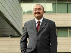 India-Born Re-Appointed Dean of University of Chicago's B-School