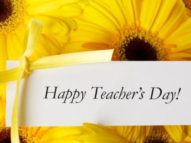 Teacher's Day: 5 Ways to Thank Your Teacher In Hindi