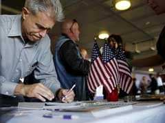 US Job Growth Slows In August; Wage Growth Retreats