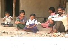 घर में अनाज का एक दाना नहीं, महाराष्ट्र में पांच बच्चों की मां ने खुद को जिंदा जलाया