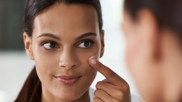 How to Remove Dark Spots: Go Natural For a Flawless Skin