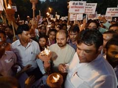 Aam Aadmi Party Takes Out Candle March to Protest Atrocities on Dalits