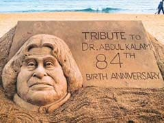 Sand Sculpture of APJ Abdul Kalam on His Birth Anniversary