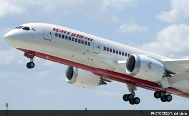 Air India to Hold Meeting With Boeing Over Glitches in Dreamliner