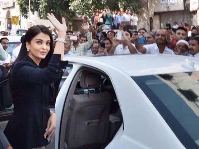 Aishwarya Rai Bachchan Didn't 'Carry' Jazbaa Character's Angst Home