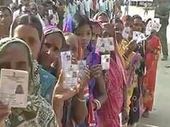 क्या महिला वोटर एक बार फिर बिहार में एनडीए की 'लहर' का मुख्य कारण?
