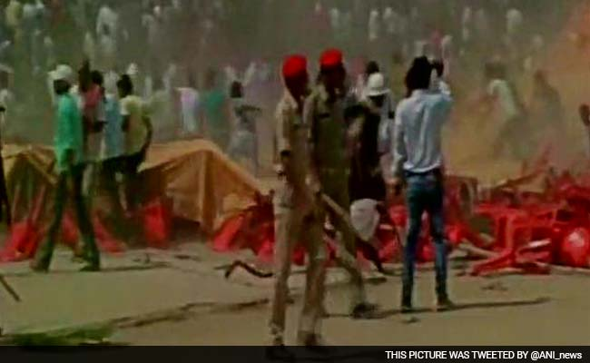 Mob Creates Ruckus at Ajay Devgn's Rally for BJP in Biharsharif