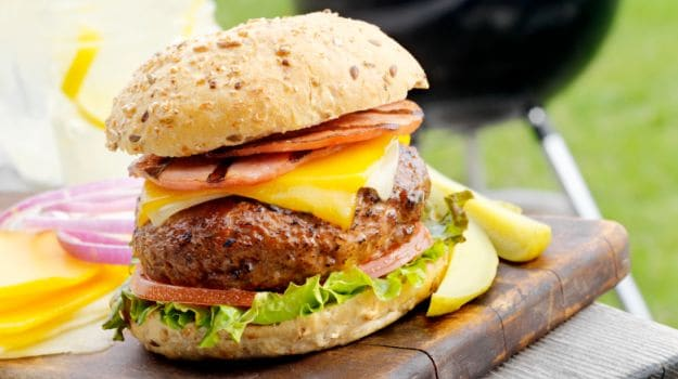 Lab-Grown Meat Burger May Hit Stores in Five Years