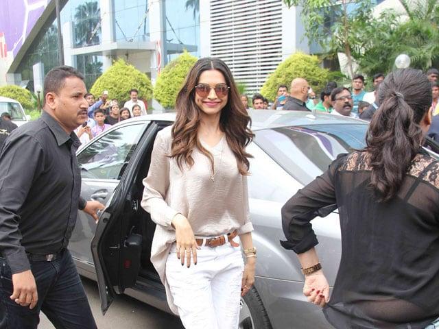 Deepika Padukone on Wage Gap in Bollywood, Roles in Hollywood Films