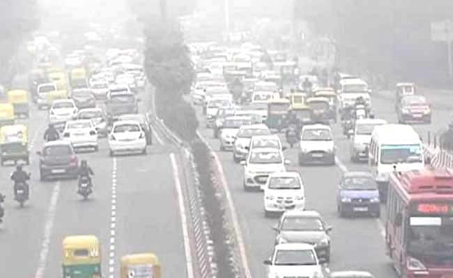 Choked Delhi Starts 'Pollution Toll' for Trucks