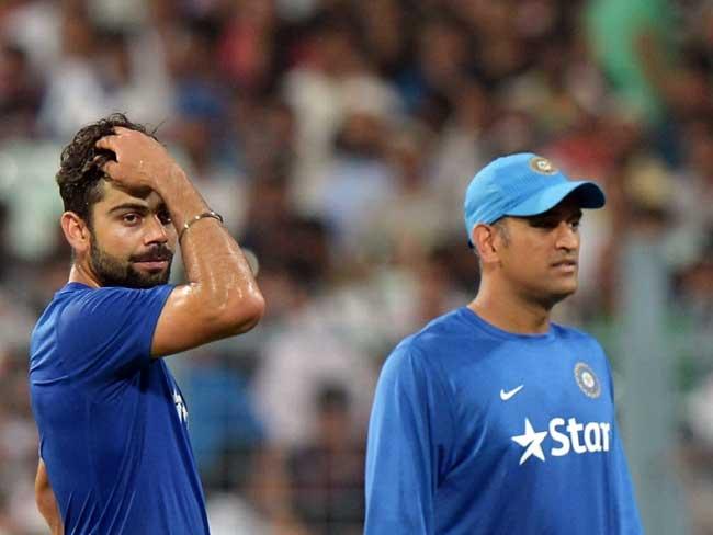 पाकिस्तान में क्रिकेट की वापसी पर वहां के फैंस का ट्वीट, 'कोहली-धोनी आप भी यहां आएं'