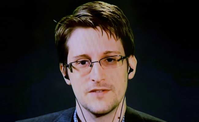 Smartphones Can be Hacked With Just 1 Text, Says Edward Snowden