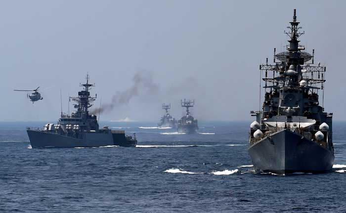 Indian Navy Teams Up With US and Japan For Joint Excercise