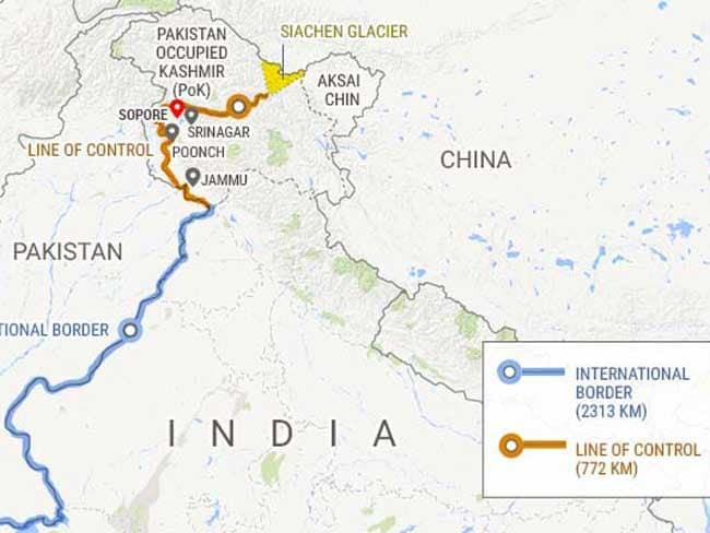 उत्तरी कश्मीर : हंदवाड़ा में सेना और आतंकियों की मुठभेड़ में 4 जवान शहीद