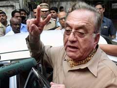 पाकिस्तान के पूर्व विदेश मंत्री खुर्शीद महमूद कसूरी ने कुलभूषण जाधव की फांसी की सजा को जायज ठहराया