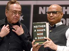 Ex-Pak Minister Kasuri's Book Launched in Mumbai, Despite Paint Attack on Sudheendra Kulkarni