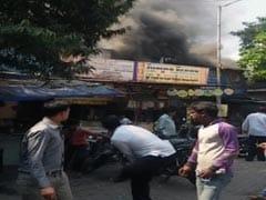 कुर्ला आग में 8 मरे, सिटी किनारा होटल में लगी थी आग