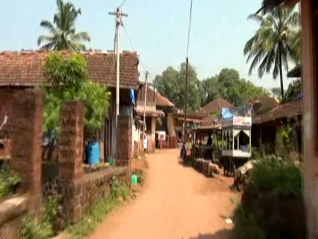 इस गांव में अब तक कोरोना का एक भी मामला नहीं, सोशल डिस्टेंसिंग के लिए यह तरकीब अपनाते हैं लोग…