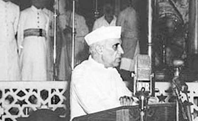 Prez, VP, PM pay tributes to Nehru on birth anniversary