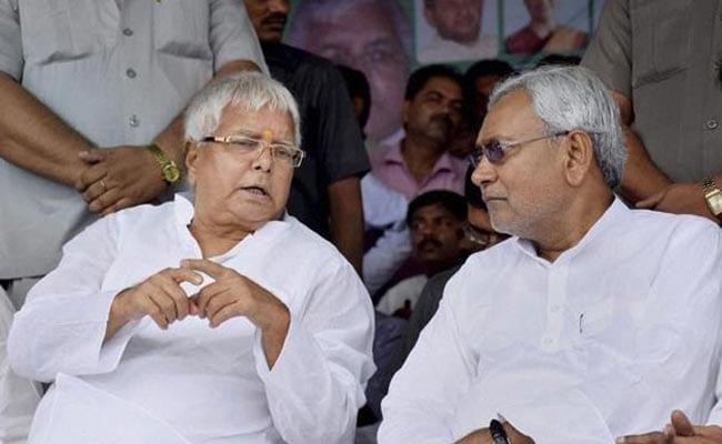 बिहार में राष्ट्रपति चुनाव के बहाने आपस में भिड़े नीतीश और लालू के प्रवक्ता