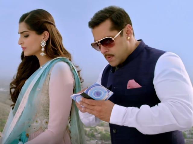 Salman Khan, Sonam Kapoor's New Prem Song Has Left us a Bit Confused