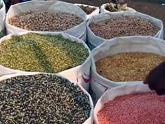 Prices of Pulses Drop by Rs 500/Quintal on Government Measures