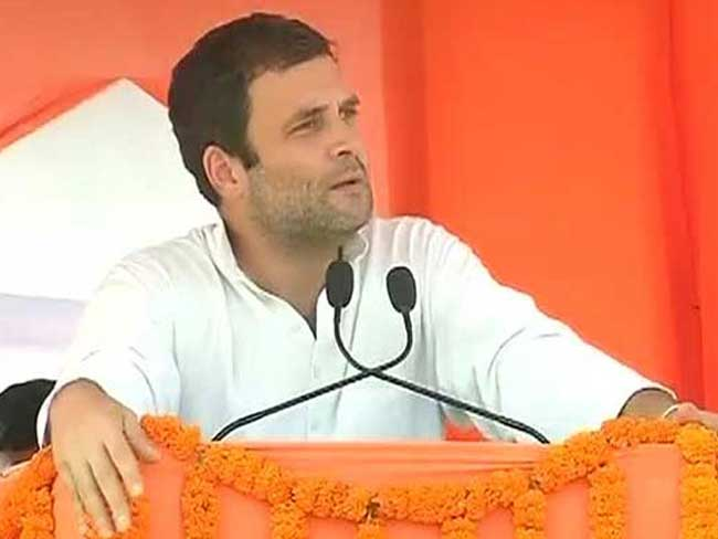 Election Commission Issues Notices to Rahul Gandhi, Lalu Prasad