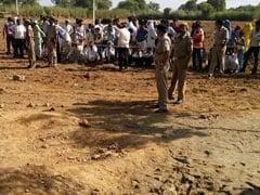 राजस्थान : 200 फीट गहरे बोरवेल में गिरी ढाई साल की बच्ची को सुरक्षित निकाला गया
