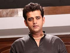 Ravi Kishan Counters Akhilesh Yadav In Lok Sabha Over Honorarium Award
