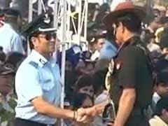 वायुसेना दिवस समारोह में शामिल हुए ग्रुप कैप्टन सचिन तेंदुलकर