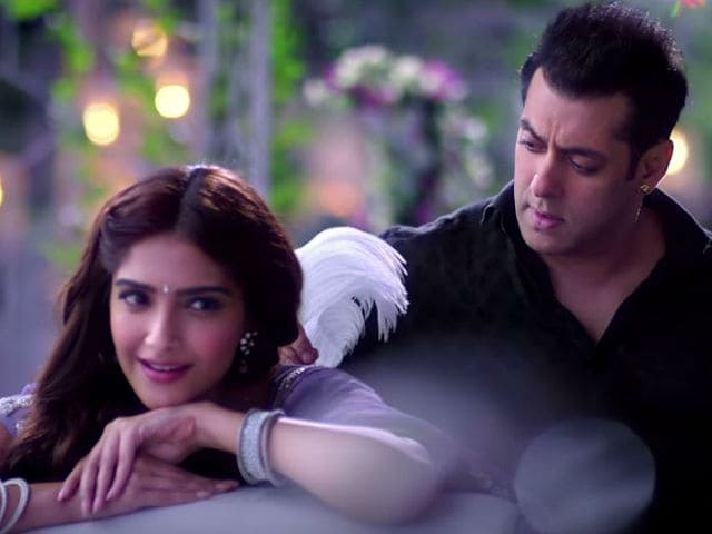 This Prem Ratan Dhan Payo Song May Remind You of Salman's Old Songs