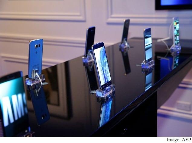 खरीदने वाले हैं स्मार्टफोन तो इन बातों का ज़रूर रखें ध्यान