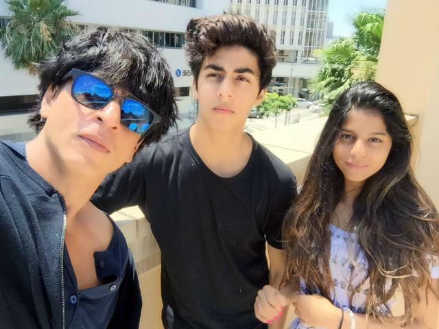 Aryan, Suhana Growing up to be Very Cool. Shah Rukh 'Needs to Keep Up'