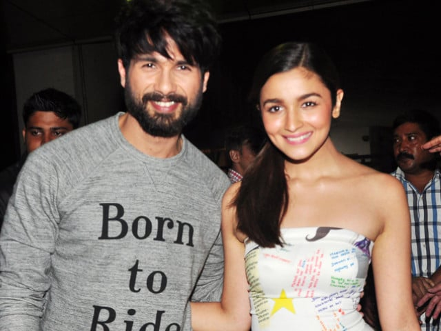 Shahid and Alia to Have a Shaandaar Coffee Date at Midnight