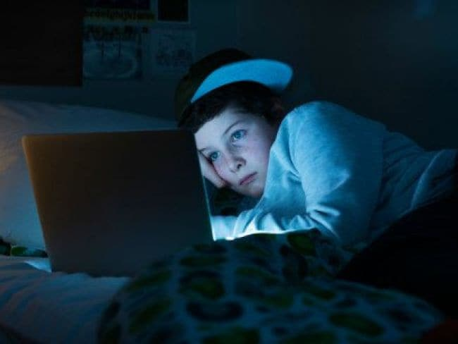 Going Late at Night to Sleep is Linked to Weight Gain: Study