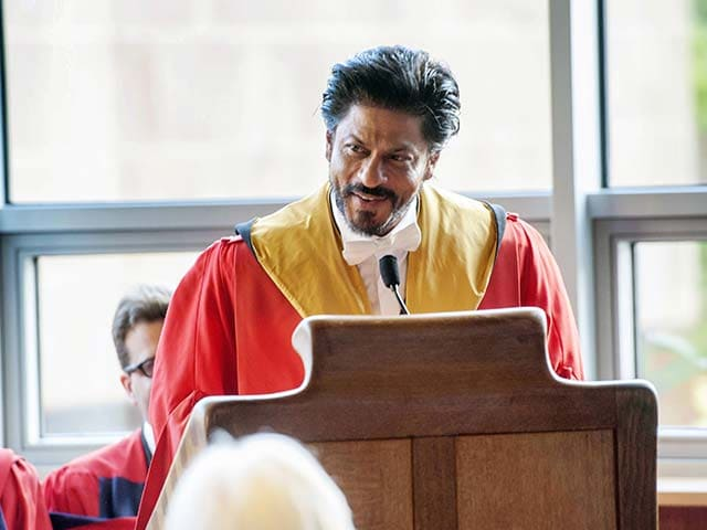 Shah Rukh Khan Thrills Edinburgh With Lungi Dance.10 Best Quotes From Speech