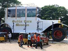 आइए देखते हैं, हैदराबाद में बनाई गई 50 फुट लंबी, 26 फुट ऊंची कार...