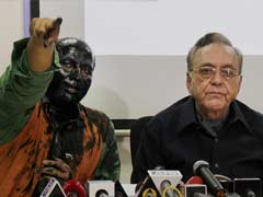 Sena Refuses to End Protest Against Book Launch Despite Anger Over Paint Attack