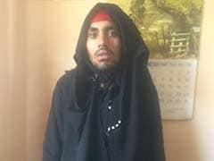 2 Injured After Burqa-Clad Terrorist Opens Fire in Kashmir