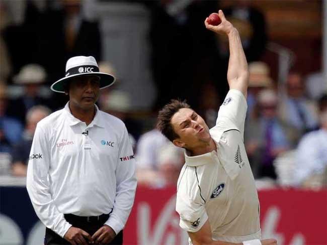 भारत के एस रवि चैंपियन्स ट्राफी के उदघाटन मैच में अंपायर
