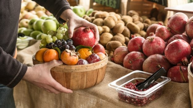 Government Tests Show 12.5 per cent Food Items Contain Unapproved Pesticides